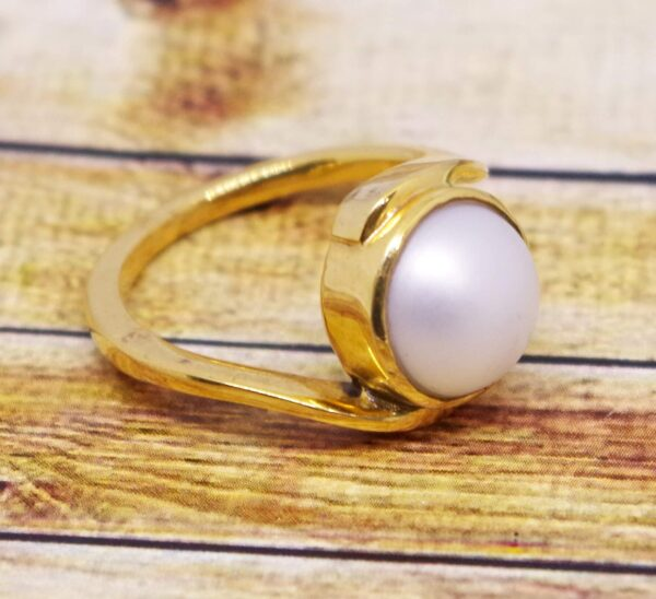 100 % natural pearl or moti ring