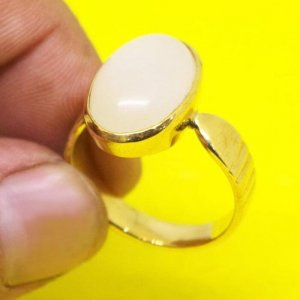 Natural & Certified White Opal Ring From 3.85 carat/ 4.27 Ratti To 10.10 carat / 11.22 Ratti