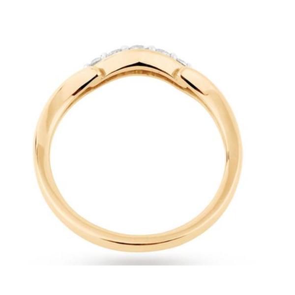 Solitaire Moissanite Diamond Ring