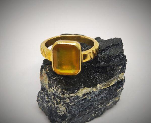 Natural Handmade Certified Yellow Sapphire Ring