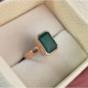 100% Natural And Certified Emerald (Panna) Ring