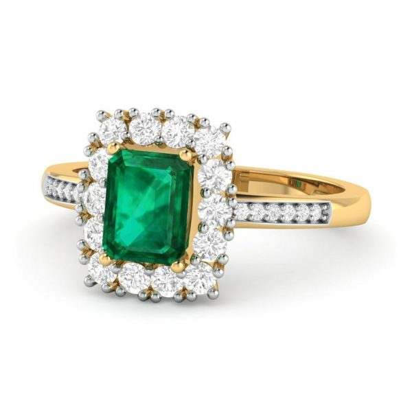Natural And Certified Emerald (Panna) Ring With Moissanite Stones