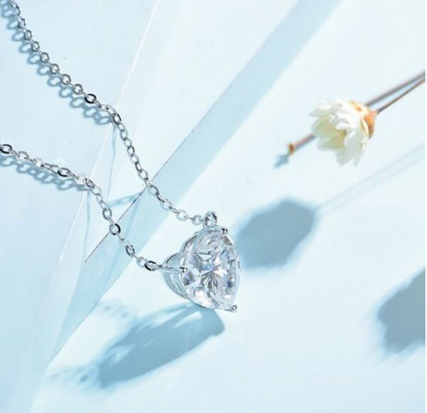 heart moissanite necklace