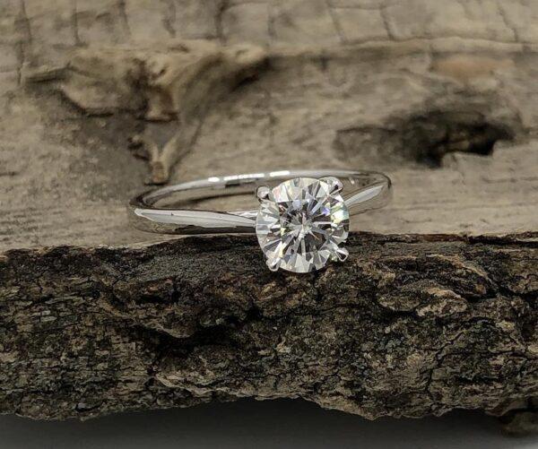 Moissanite diamond ring in starling silver
