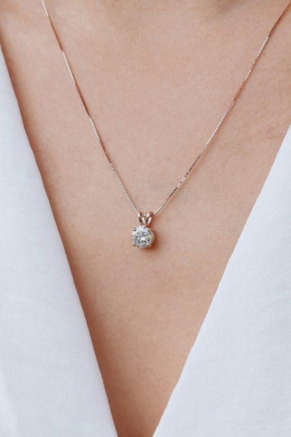 Moissanite Necklace Pendant Solitaire Diamond Brilliant 1 Carat