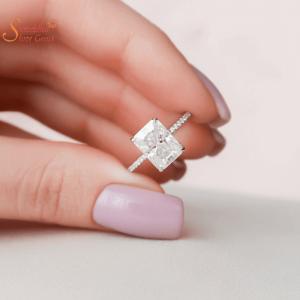 Moissanite Diamond Engagement Ring For Women